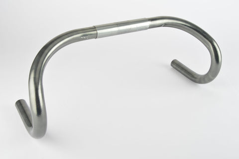 3ttt Super Competizione single grooved Handlebar in size 42 (c-c) cm and 25.8 mm clamp size from the 1980s