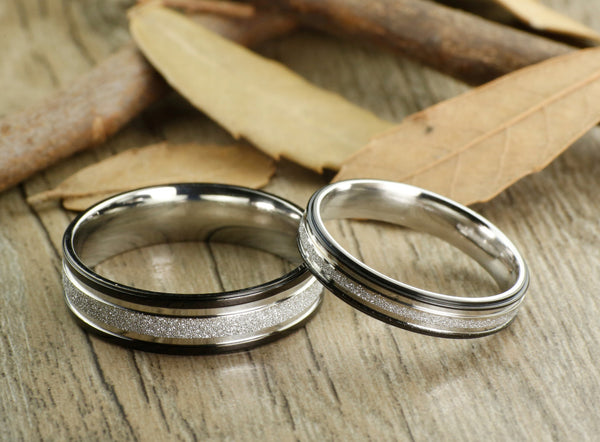 Express service, Special Custom Christmas Gifts , His and Her Promise Rings , Black Wedding Titanium Rings Set - jringstudio