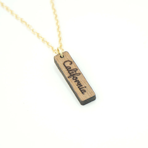 Personalized Custom Dainty Wood Vertical Bar Engraved Name Gold Chain Necklace Unique Gift for Her- Le Petit Pain