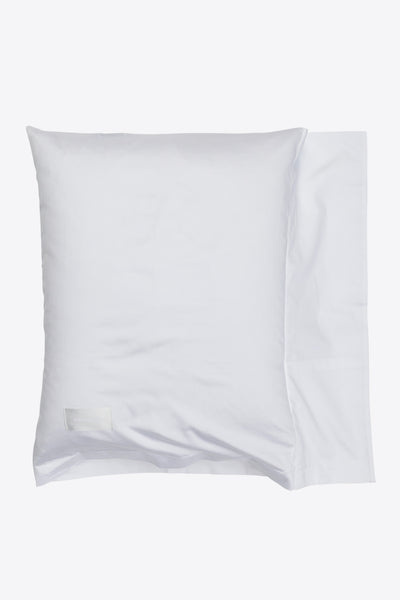 One <br> Pillow case <br> Sateen <br> White