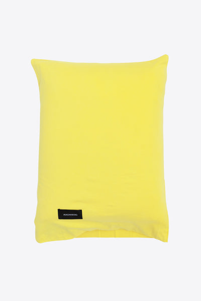 Nude <br> Pillow case <br> Jersey <br> Washed yellow