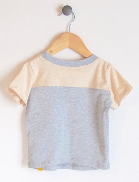 T-Shirt in Grey/Almond
