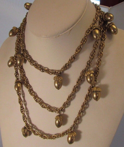Vintage  Acorn Dangle Necklace Unique Well made