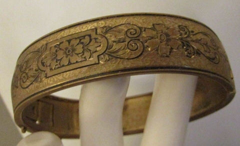 1937-38 Vintage Bracelet Embosses Flowers Bangle Brass