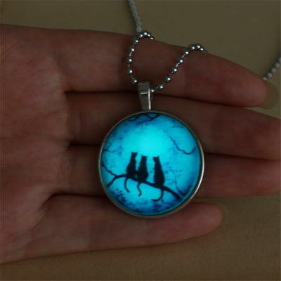 Necklace - Cats At Night Art Glow Necklace