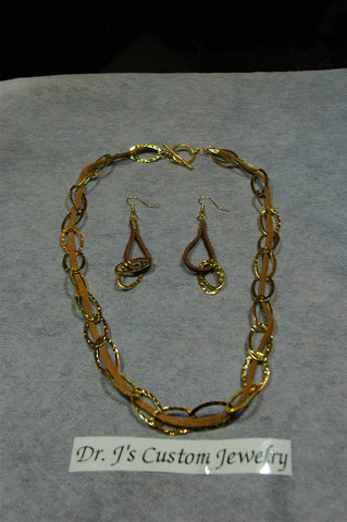 Suede Leather and Gold Chain Necklace Set