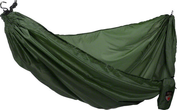 Grand Trunk - Grand Trunk Ultralight Hammock: Forest Green - KakiOutdoor.com - 1
