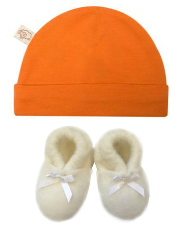 Soft Merino Gift set for baby includes Mokopuna beanie and New Zealand made felted wool booties