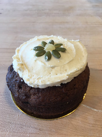 "4"" carrot and apple cake--serves two"