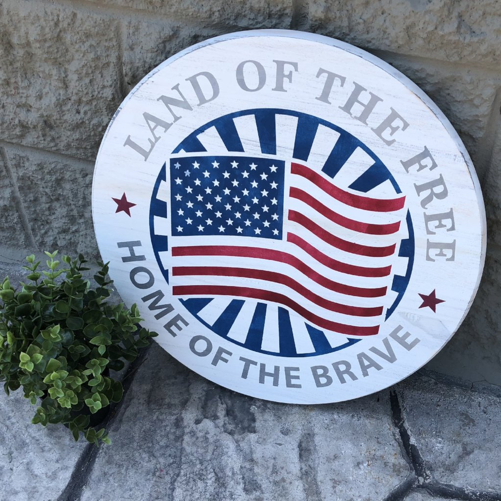 LAND OF THE FREE: ROUND DESIGN - Paisley Grace Designs