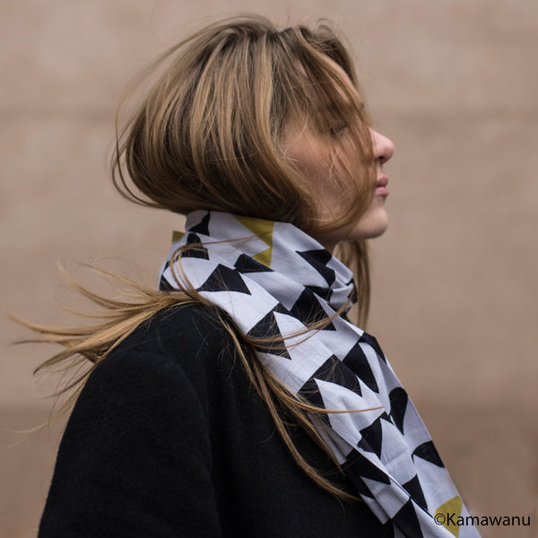 Scarf - Triangles