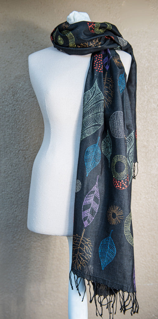 Whimsical leaves – hand-woven and hand-embroidered scarf