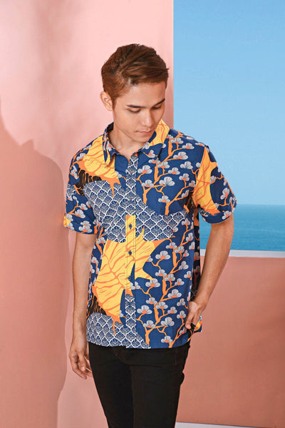The Pulau Men Batik Shirt - Sentosa Print