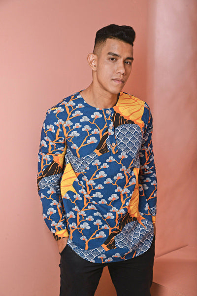 The Pulau Men Long Sleeve Batik Kurta - Sentosa Print