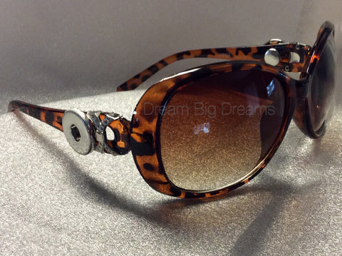 GAYLA Tiger Brown 2 Button Fashion Snap Sun Glasses