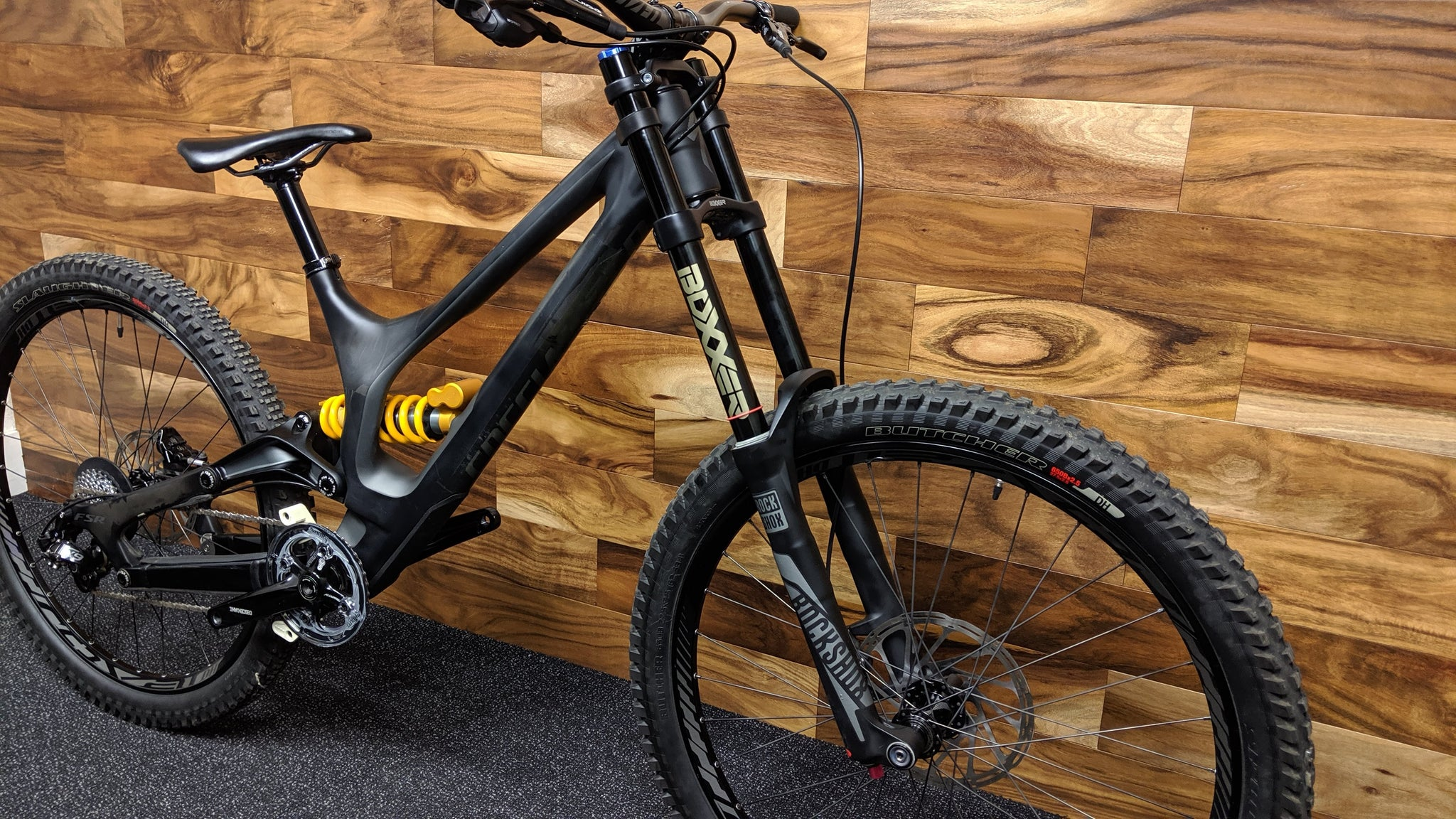 2016 SPECIALIZED DEMO 8 I CARBON 27.5""