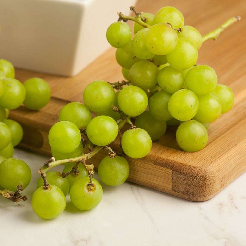 Organic Grape Green Seedless - Milk and Eggs
