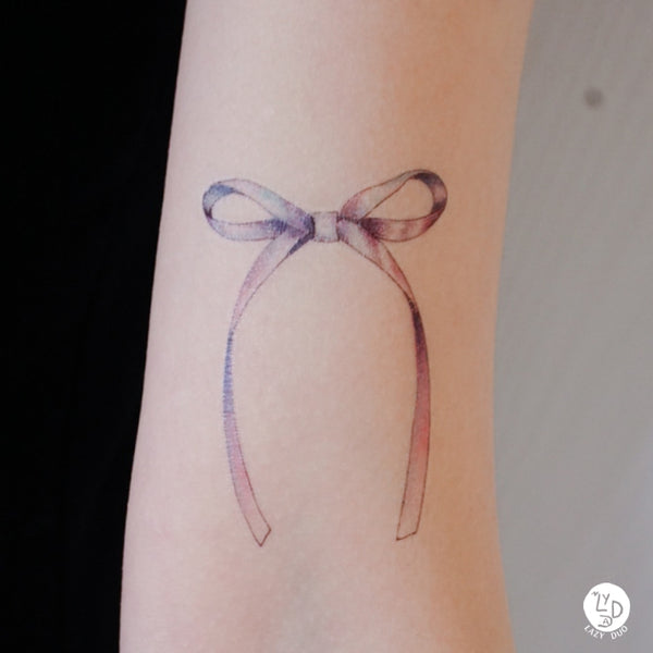 Sweet Rainbow Pink and Purple Ribbon Tattoo Girly Tattoo Delicate Tattoo Ribbon Bow LAZY DUO Tattoo Sticker 香港紋身貼紙 刺青圖案 紋身師 印刷訂做客製 Custom Temporary Tattoo artist HK tattoo shop Hong Kong 迷你刺青 韓式刺青紋身 small tattoo design Minimal Tattoo little tattoo idea sketchy tattoo floral tattoo ankle wrist tattoo back tattoo Taiwan