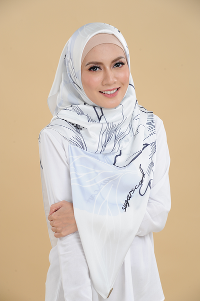 A Walk To Remember Square Satin Luxe - Sugarscarf