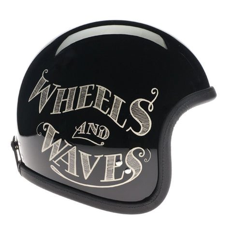 90020 - Noir Cream Wheels and Waves 2016 Davida Speedster Helmet - Davida Motorcycle helmets - 1