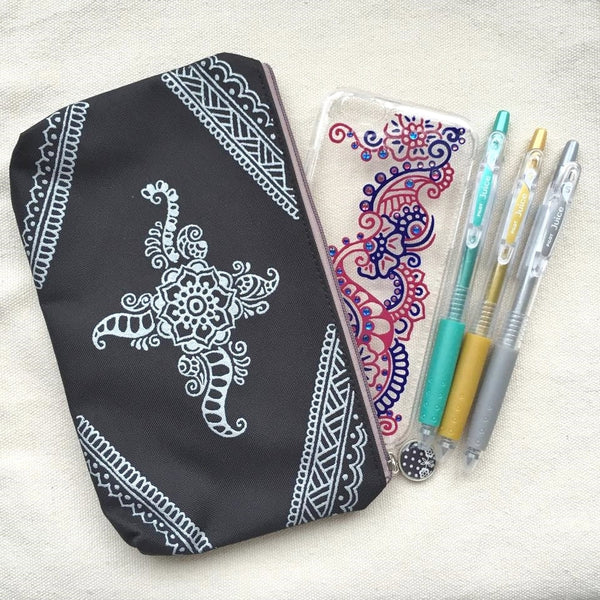 Henna Art Zipper Pouch (Black & White)