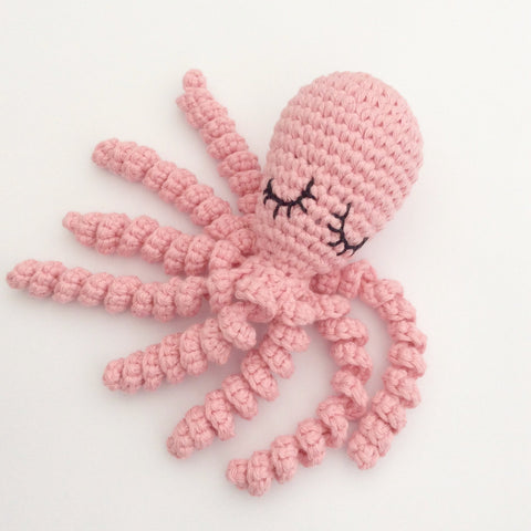 Free Crochet Octopus pattern from Cotton Pod