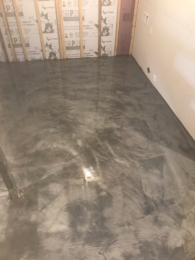 Metallic and Pearlescent Epoxy Floor Tips