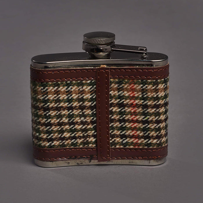Brown Houndstooth Tweed 4oz Hipflask