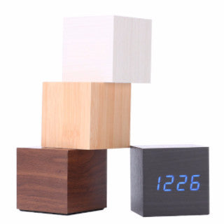 Wood Texture Cube Desk Clock