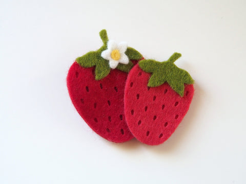 Wool Blend Felt Strawberry Hair Clip (BHCS)