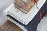 Cuddles White • Throw - Studio RUF • Luxurious Throws Pillows Bedcovers • Handmade in Morocco - 2