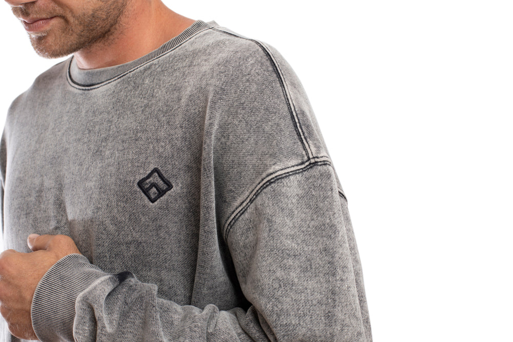 OVERCOME - SWEATER - GREY WASH