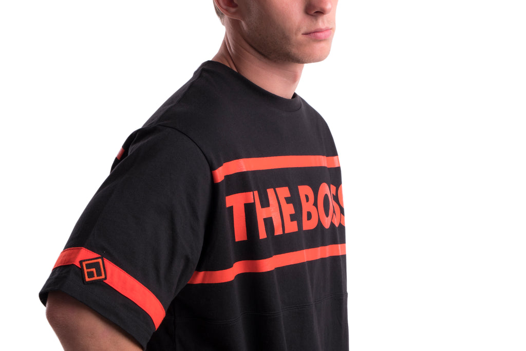 THE BOSS - TEE - (BLACK/RED)