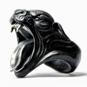 BLACK PANTHER RING
