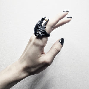BLACK CORVUS RING