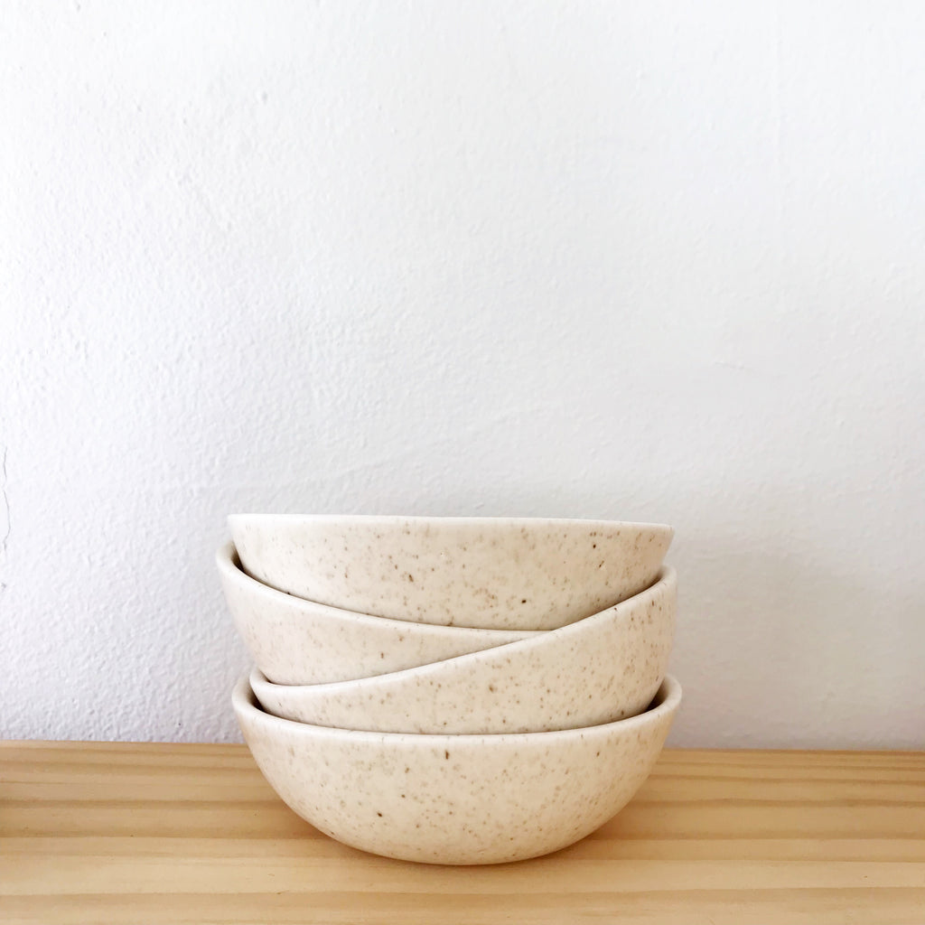 Soup/Salad Bowls (Set of Four) in Speckled Cream