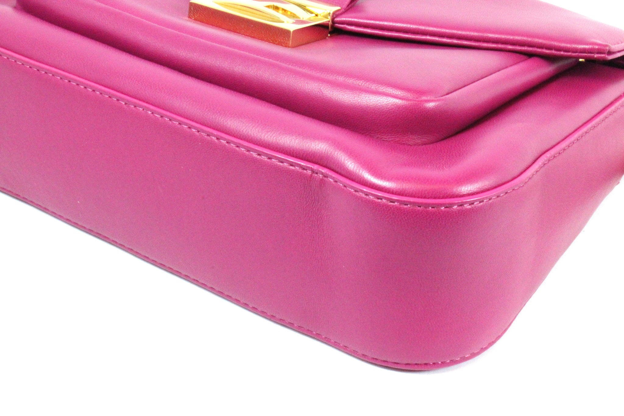 Fendi Cyclamen Pink Leather Logo Buckle 'Be Baguette' Bag - Encore Consignment - 4