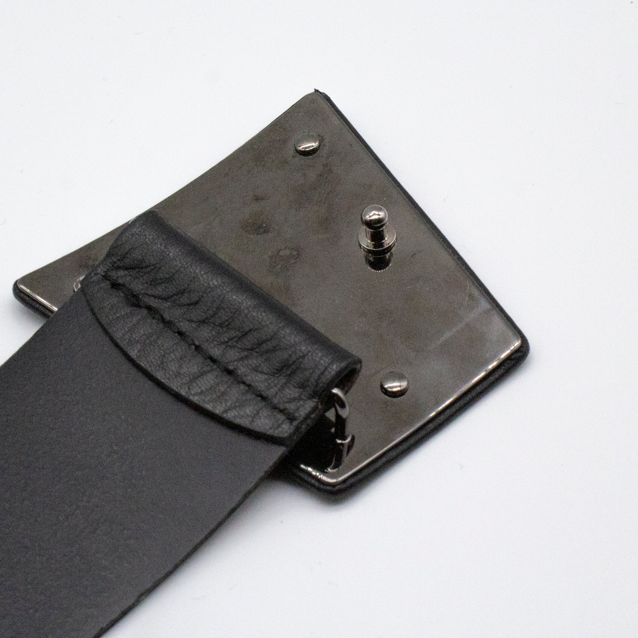 AKRIS Black Grained Leather Trapezoid Ai Buckle Peg in Hole Wide Waist Belt 40 M