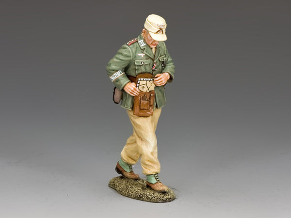 AK109 - Rommel's Aide de Camp, Afrika Korps - Piers Christian Toy Soldiers