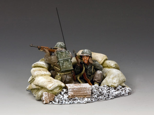 BBA074 - 'Radio Operator' from King & Country, Battle of the Bulge American - Piers Christian Toy Soldiers