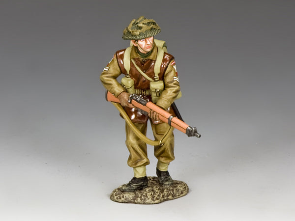 BBB008 - Advancing Corporal, Battle of the Bulge British - Piers Christian Toy Soldiers