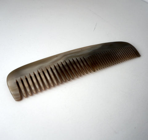 8in Horn Styling Comb