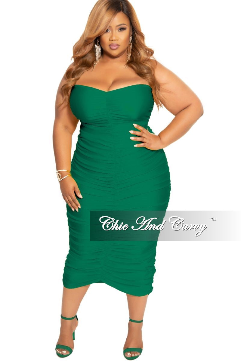 Final Sale Plus Size Strapless Ruched BodyCon Dress in Green – Chic ...