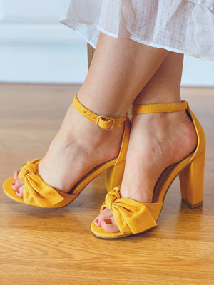 Mania Bow Heels: Mustard - ShopSpoiled