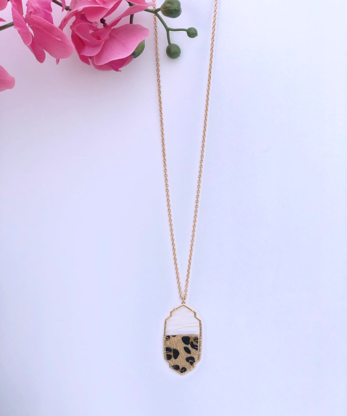 Leopard Patch Pendant Necklace - ShopSpoiled