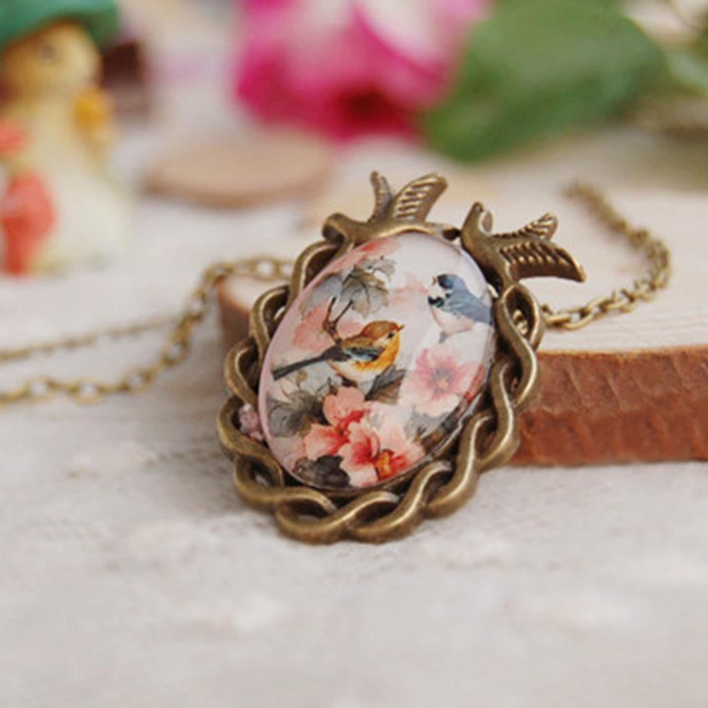Vintage Jewelry Antique Bronze Oval Flower Bird Alloy Pendant Necklace Creative Gift