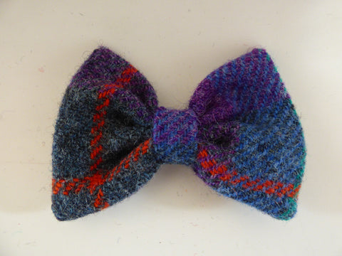(Barra) Bowzos Bow - Harris Tweed Berry Blue Check - BOWZOS