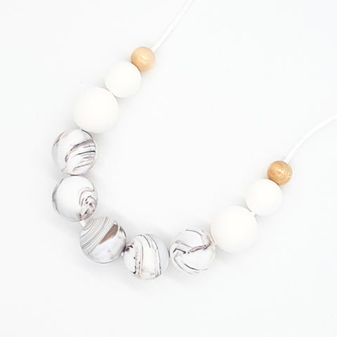 Caramel Marble 'Basics' Necklace