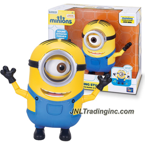 Illumination Entertainment Minions Movie Exclusive 8 Inch Tall Electronic Figure - DANCING STUART Grooves to Music and Sounds