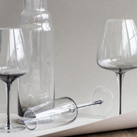 Smoke White Wine Glass by Broste Copenhagen